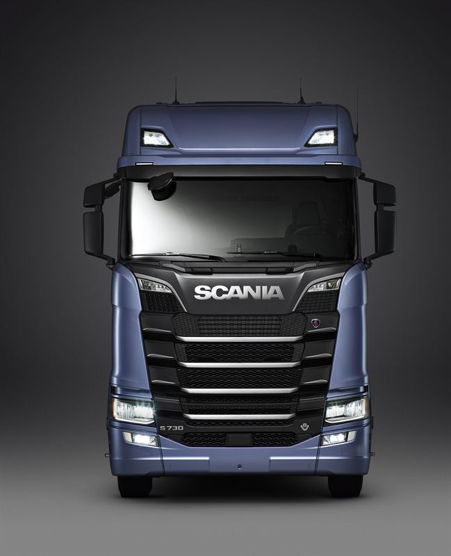 la serie s scania international truck of the year 2017. Black Bedroom Furniture Sets. Home Design Ideas