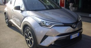 Toyota C-HR Test Drive Front