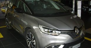 Renault Scenic Test Drive Front
