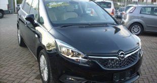 Opel Zafira Test Drive Front