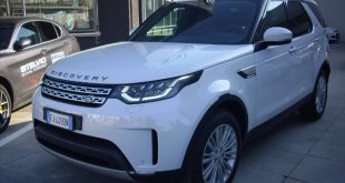 Land Rover Discovery Test Drive Front