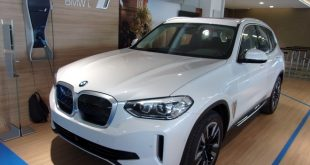 BMW IX3 Test Drive Front